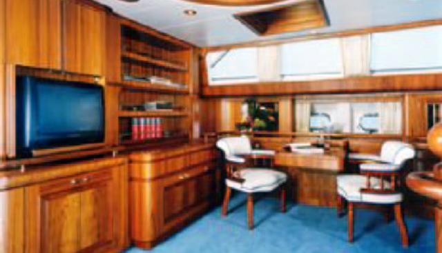 Sailing T Charter Yacht - 8