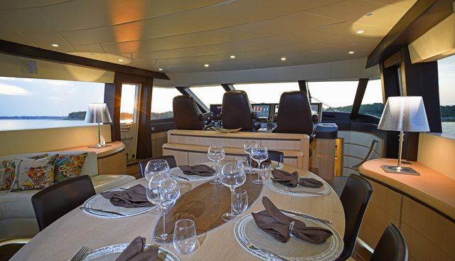 Silver Mama Charter Yacht - 7
