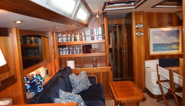 Luna Danns Charter Yacht - 6