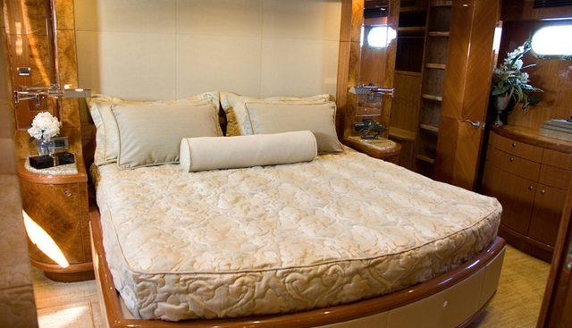 Nauti Buoys Charter Yacht - 6