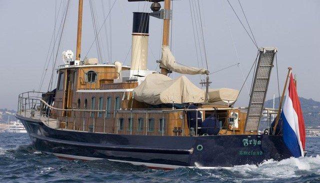 Frya Charter Yacht - 4
