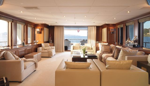 My Little Violet Charter Yacht - 7