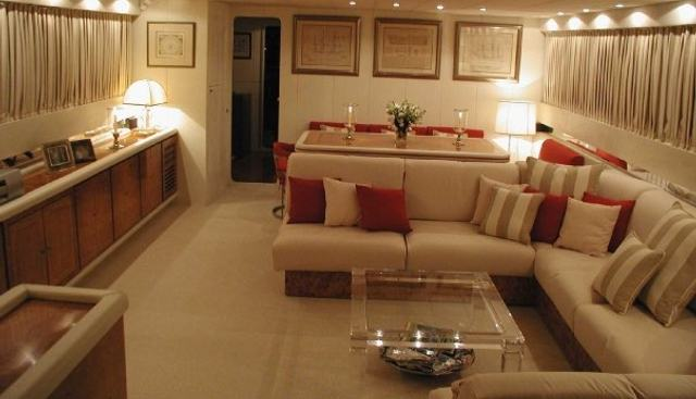 Oh Que Luna Charter Yacht - 7