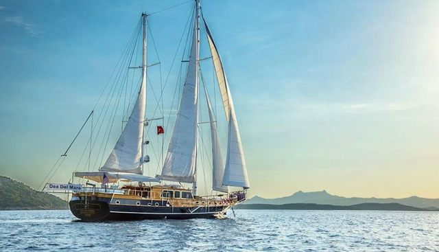 Dea Del Mare Charter Yacht