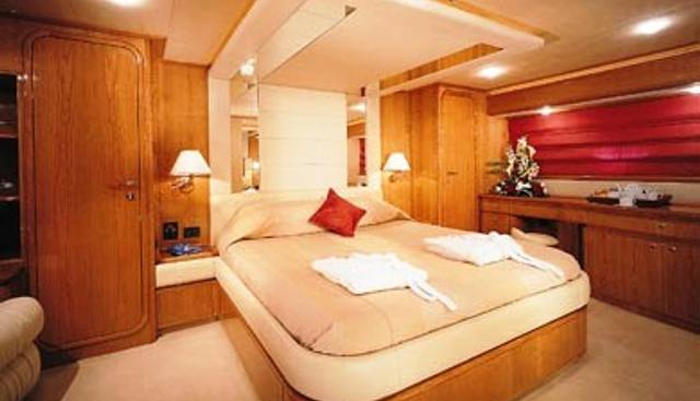 Gwylan Charter Yacht - 4