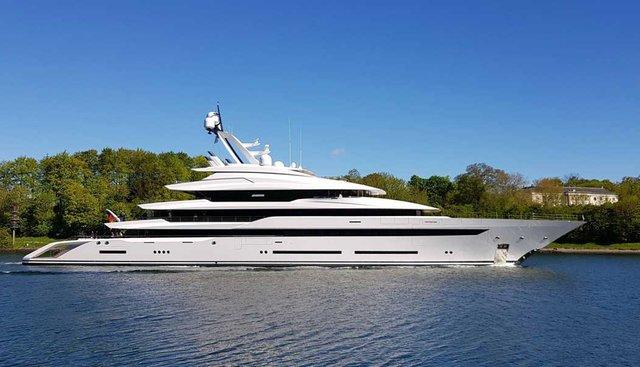 Avantage Charter Yacht