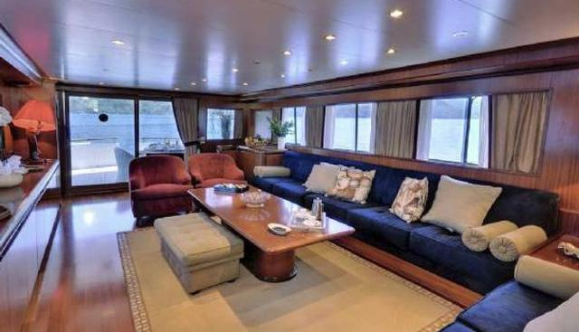 Blue Lady Charter Yacht - 6