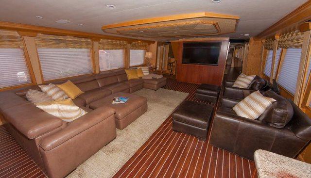 Island Vibe Charter Yacht - 3