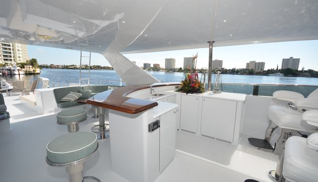 Escape Charter Yacht - 4