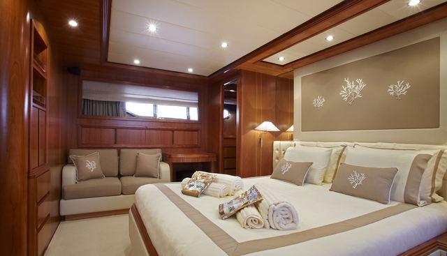Freedom Charter Yacht - 8
