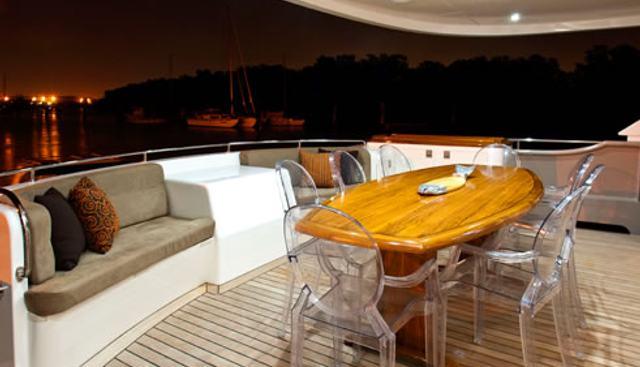 Texas T Charter Yacht - 2