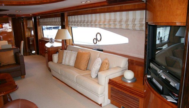 Happy Charter Yacht - 6