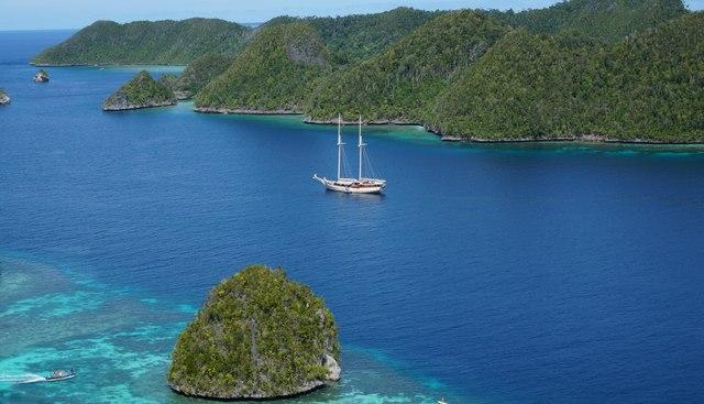 Mutiara Laut Charter Yacht - 3