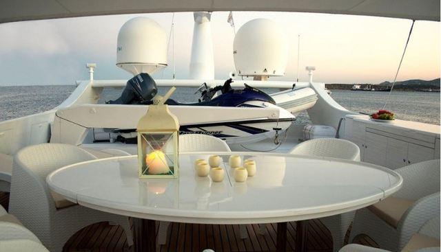 Thirty Love Charter Yacht - 3