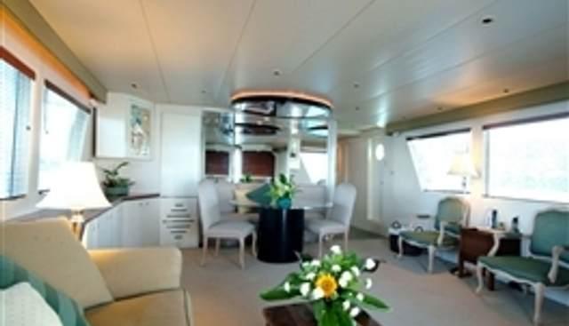 Bermuda IV Charter Yacht - 3