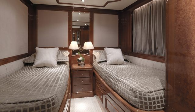 Enchantress Charter Yacht - 8