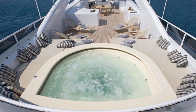 Queen Aida Charter Yacht - 3
