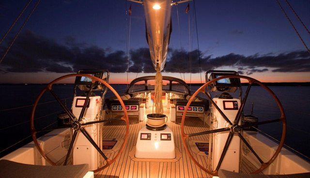 Alchemy IV Charter Yacht - 2