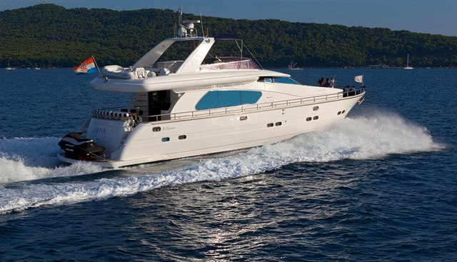 Lona Charter Yacht - 3