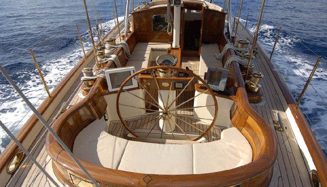Velacarina Charter Yacht - 3
