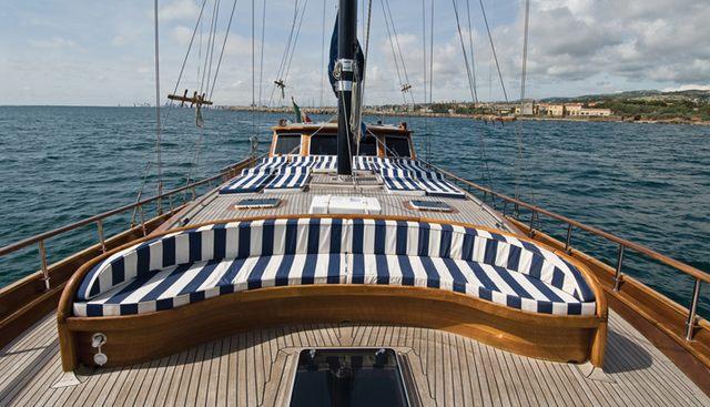 Santa Lucia Charter Yacht - 3