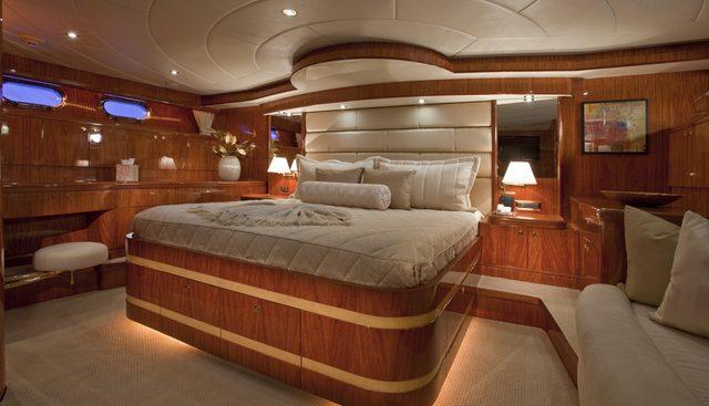 Illusion Charter Yacht - 8