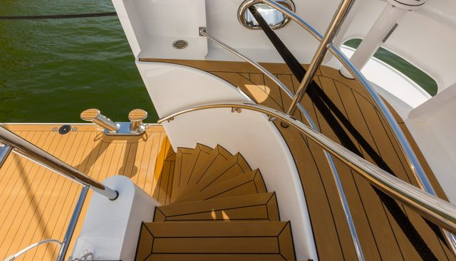 Game Changer Charter Yacht - 4
