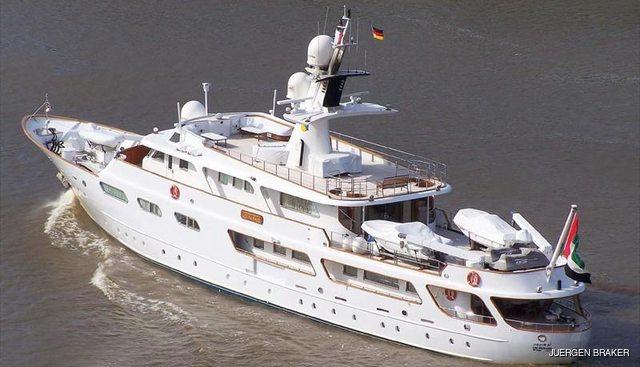 Um Hurair Charter Yacht - 4