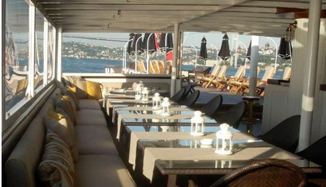 HALAS Charter Yacht - 3