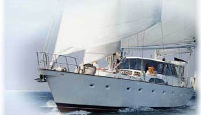 Taza Mas Charter Yacht