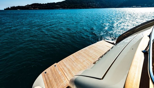 Anything Goes V Charter Yacht - 5