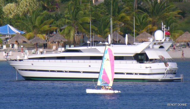 Longo Myic Charter Yacht - 2