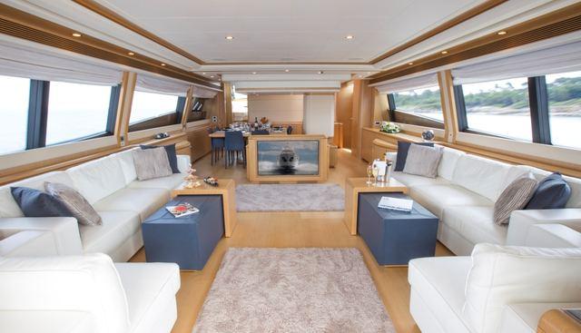 Porthos Sans Abri Charter Yacht - 6