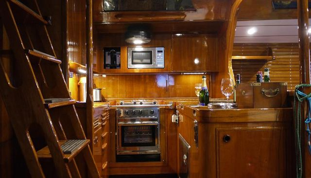 Margaux Charter Yacht - 8