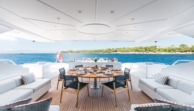 Beachouse Charter Yacht - 8