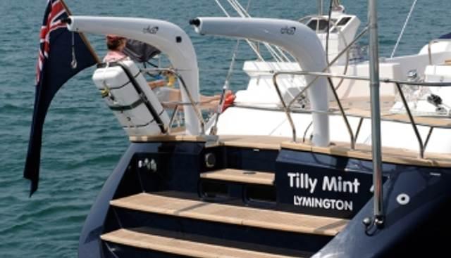 Tilly Mint Charter Yacht - 5
