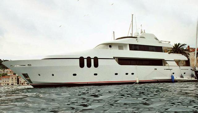 Moon Charter Yacht