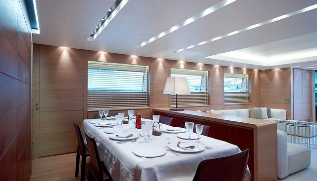 Feligo V Charter Yacht - 7