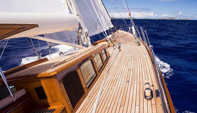 Pumula Charter Yacht - 4