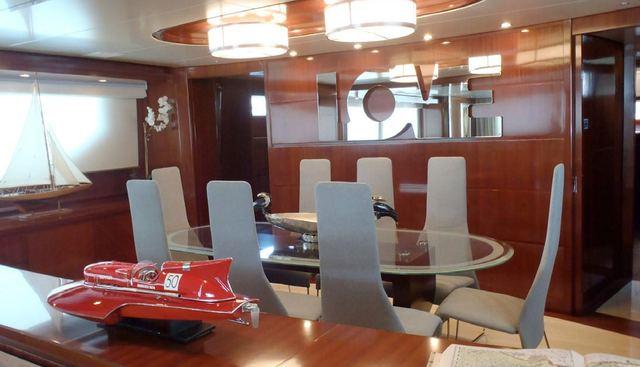 Bad Romance IV Charter Yacht - 3