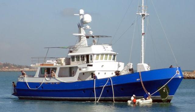 Blue Dream III Charter Yacht