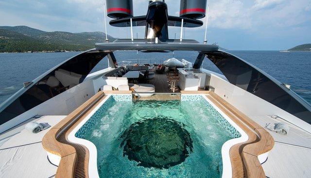 Starburst III Charter Yacht - 3