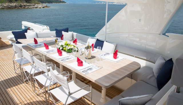Porthos Sans Abri Charter Yacht - 4