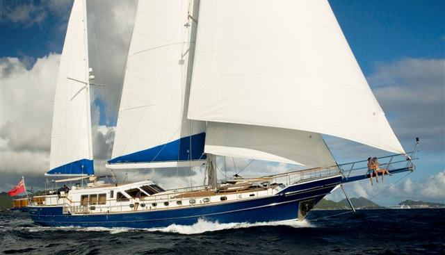 Queen South III Charter Yacht