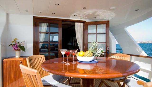 Mr White Charter Yacht - 4