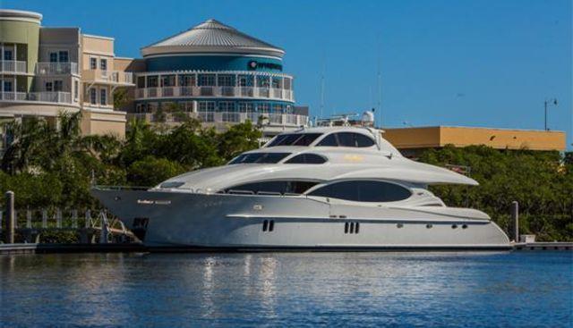 The Beeliever Charter Yacht - 2