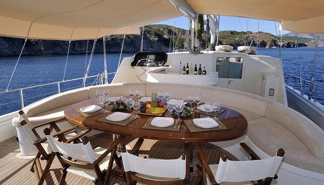 Dolce Mare Charter Yacht - 4