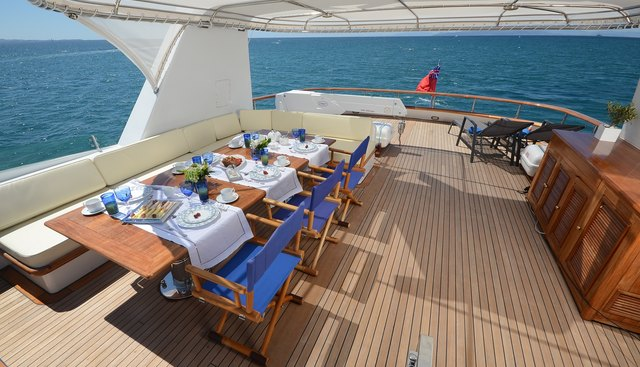 Camellia  Charter Yacht - 4