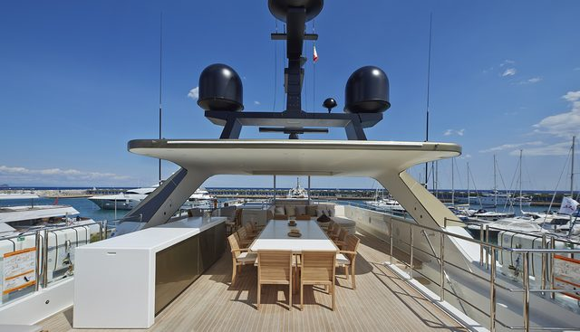 Apries W Charter Yacht - 2