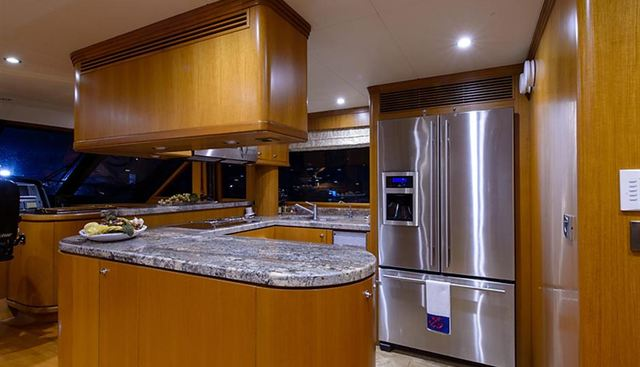 Clarity Charter Yacht - 8